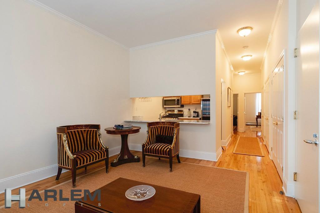 1st Floor | Living Room