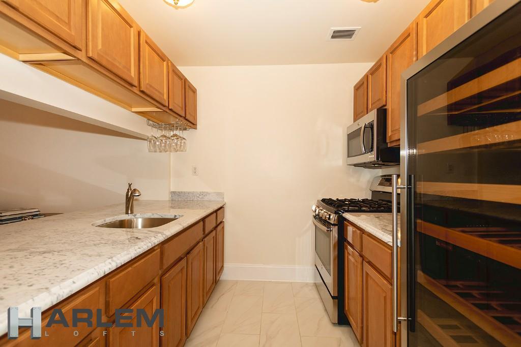 1st Floor | Kitchen