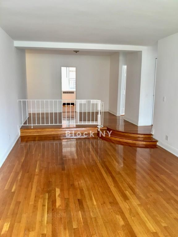Nyc Apartments Midtown West 3 Bedroom Apartment For Rent