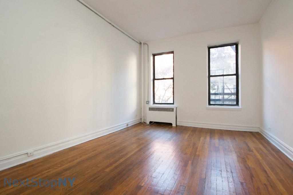 Studio Apartment in Manhattan Valley