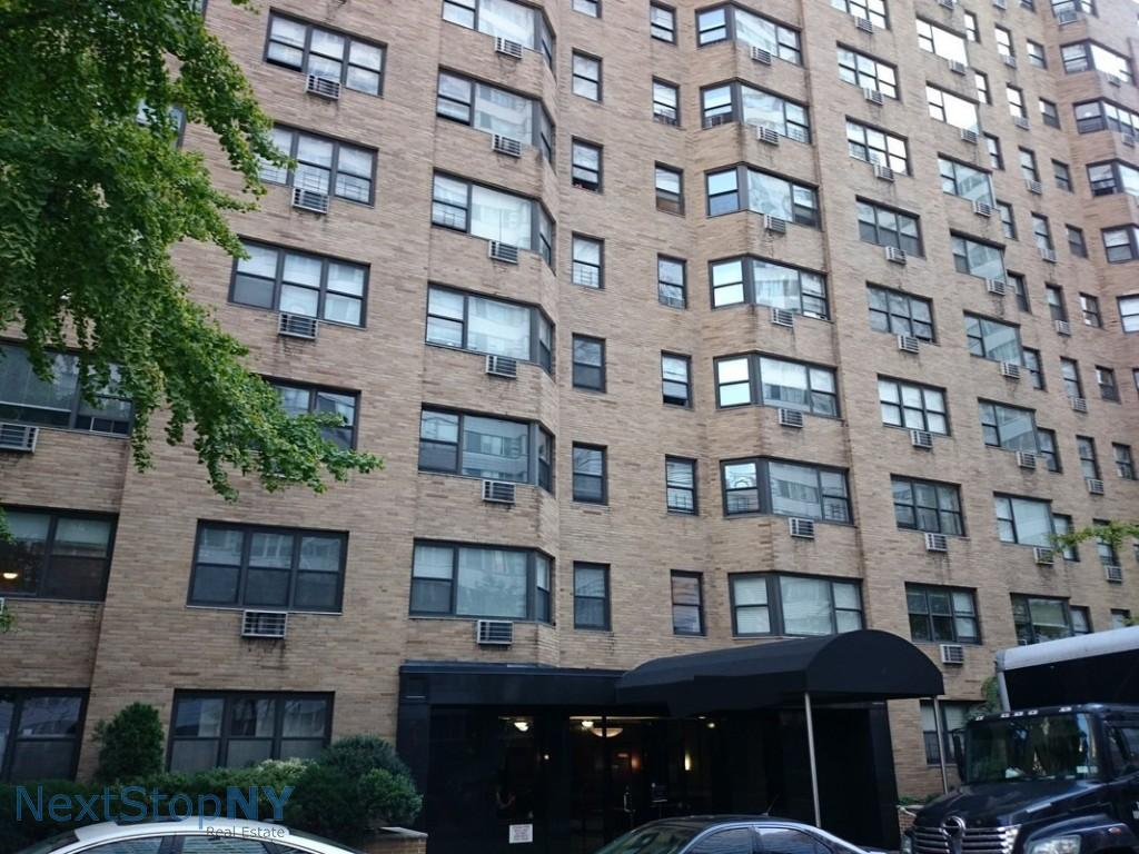 1 Apartment in Lenox Hill