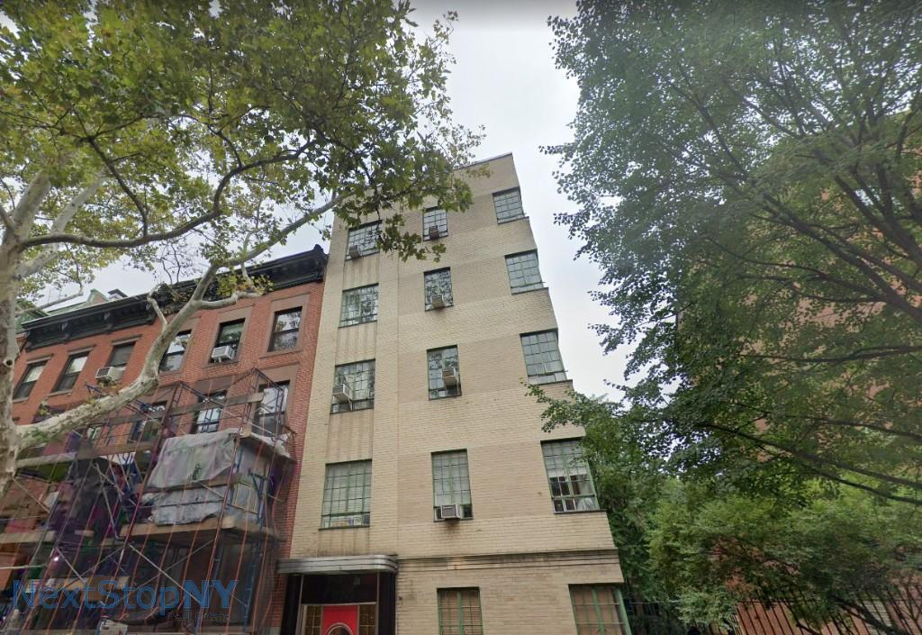 Studio Apartment in Brooklyn Heights