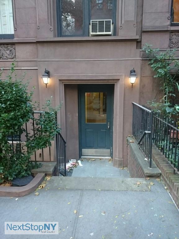 1 Apartment in Lincoln Square
