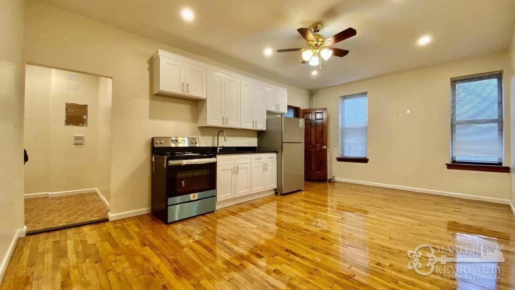 2 Apartment in Flushing