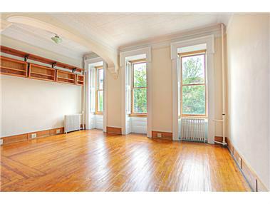 4 Apartment in Carroll Gardens
