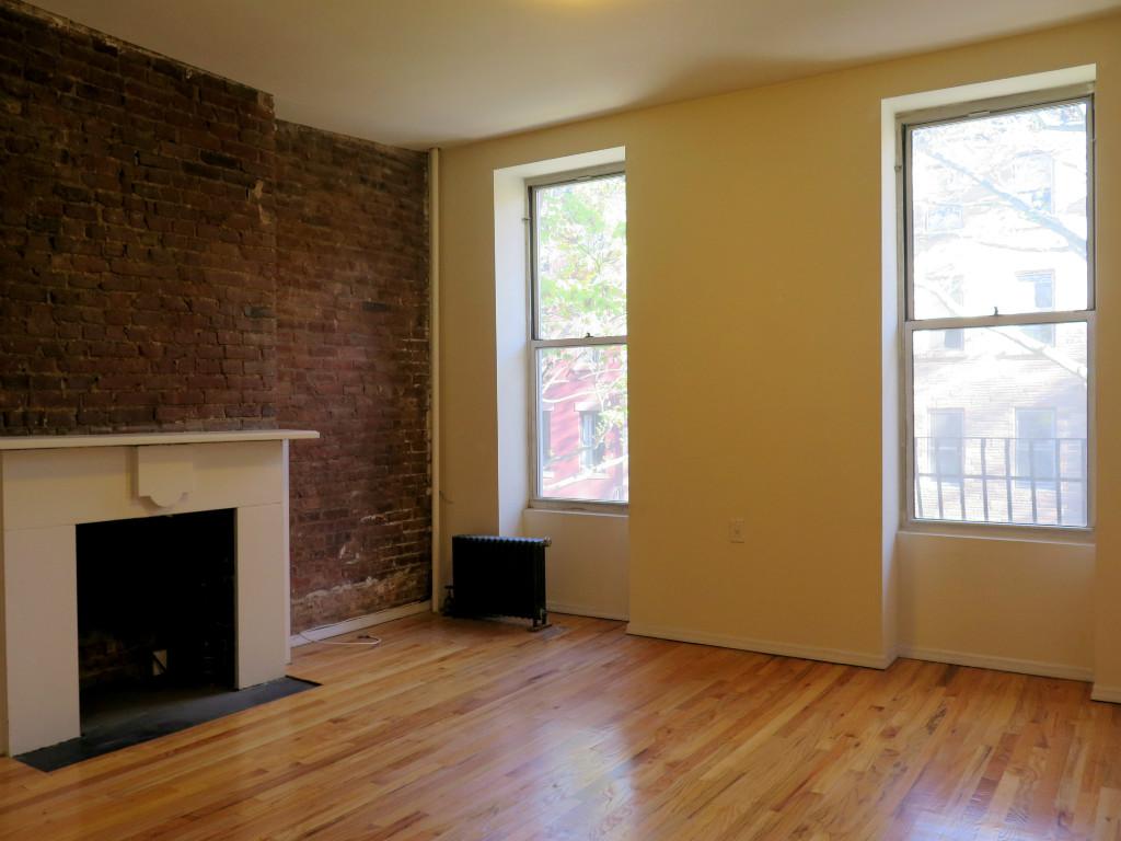 Studio Apartment in Cobble Hill