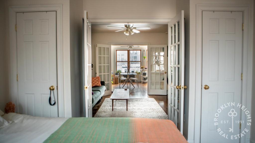 192 Nelson Street Interior Photo