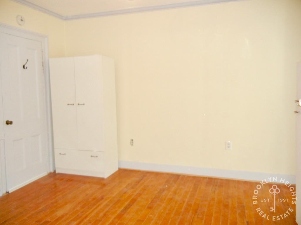 195A Dean Street Interior Photo