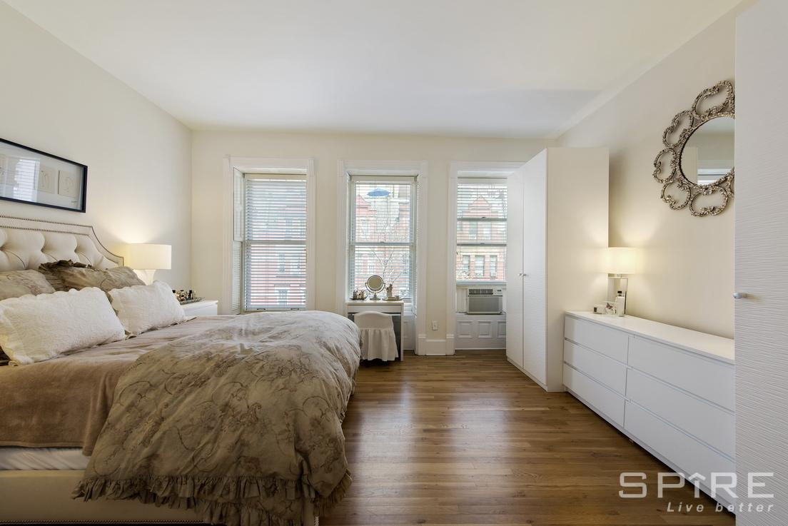 1 Apartment in Greenwich Village