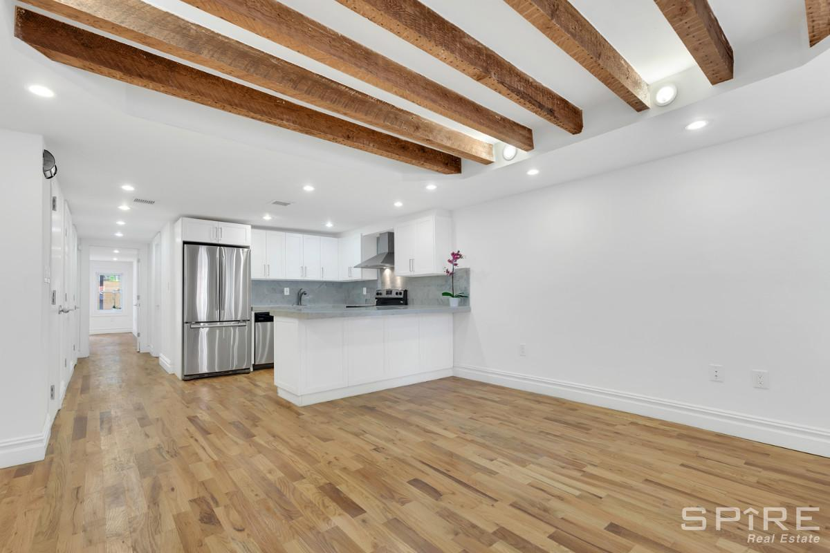 2 Townhouse in Bushwick