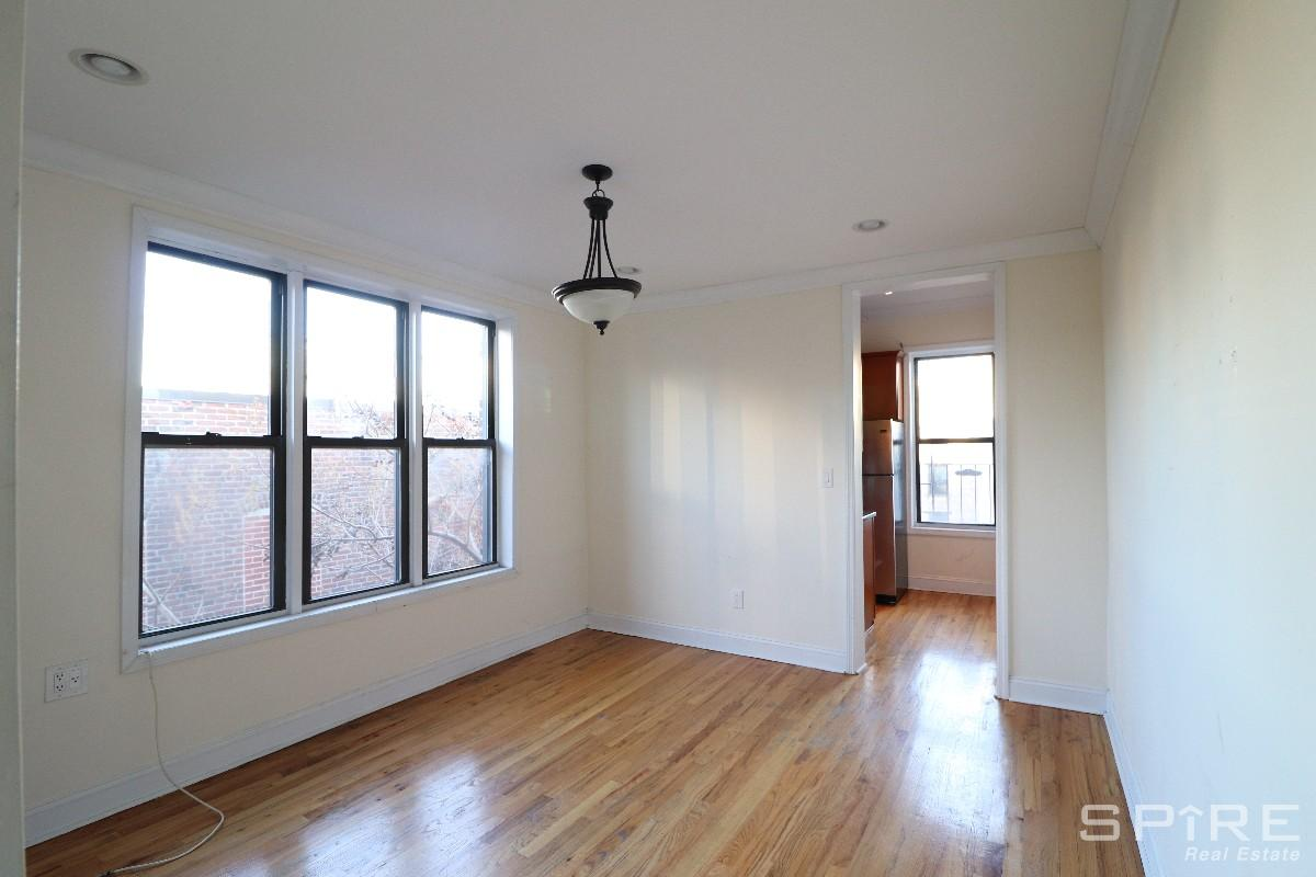 3 Condo in Crown Heights