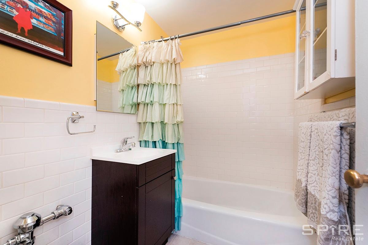 batroom