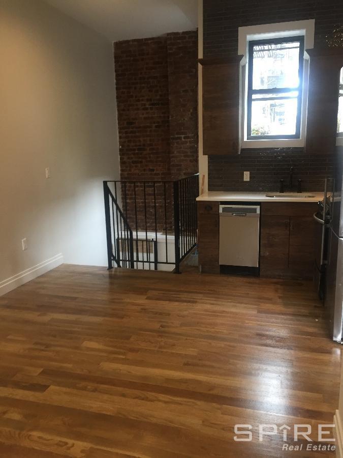 3 Apartment in Queens