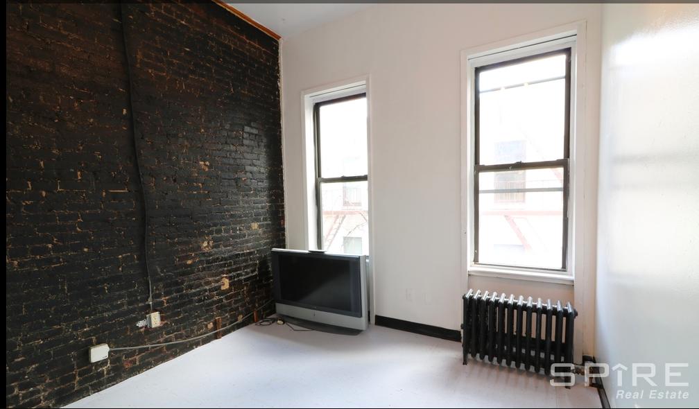 2 Apartment in Midtown Center