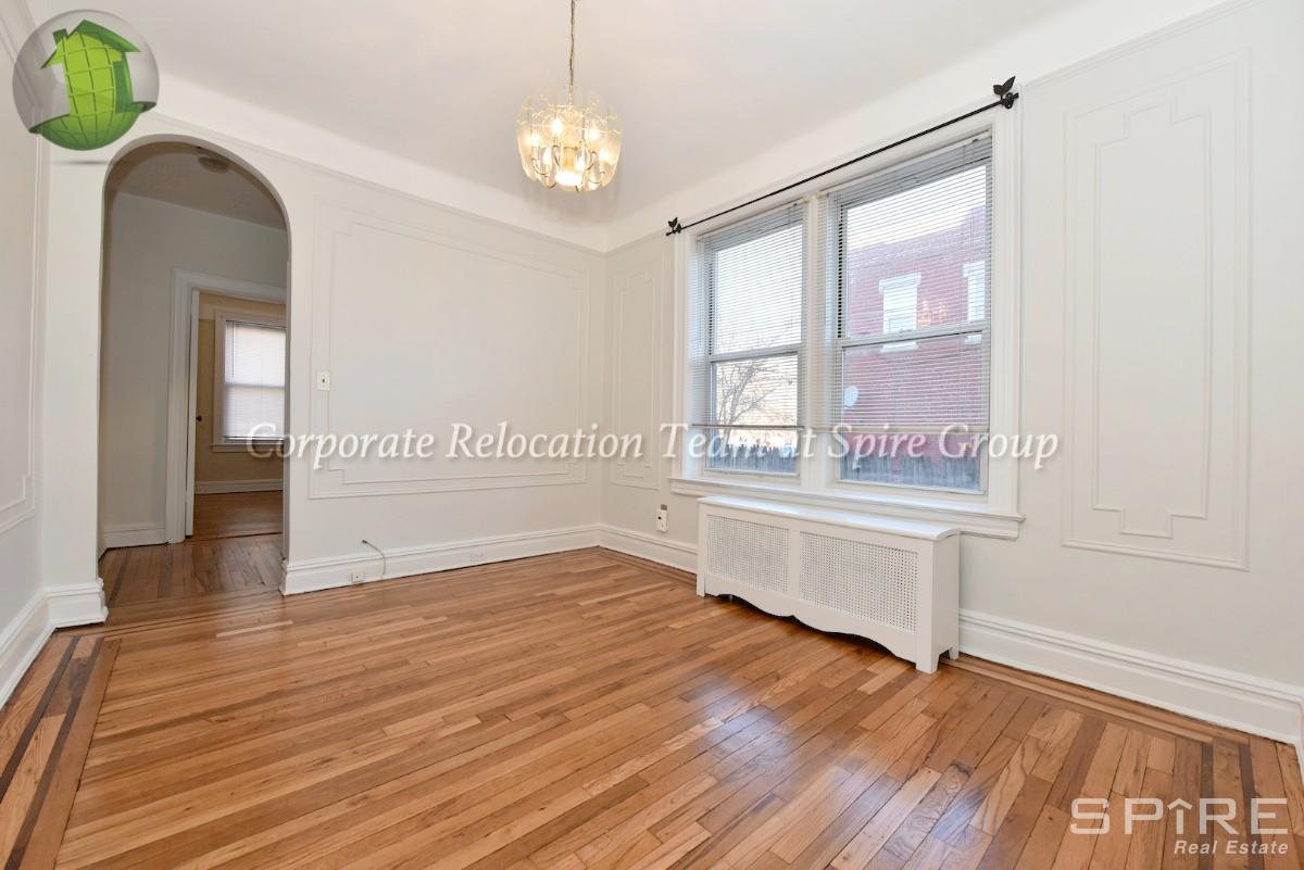 1 Apartment in Queens