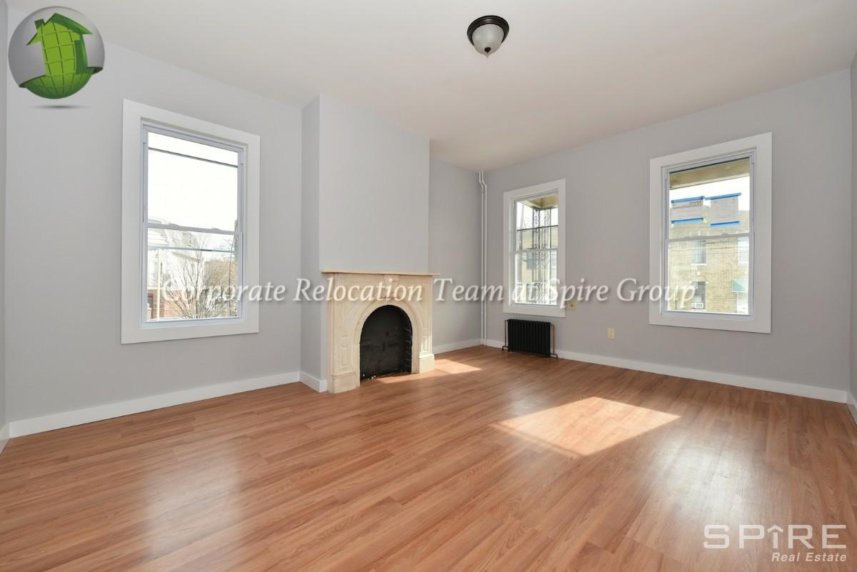 4 Townhouse in Astoria