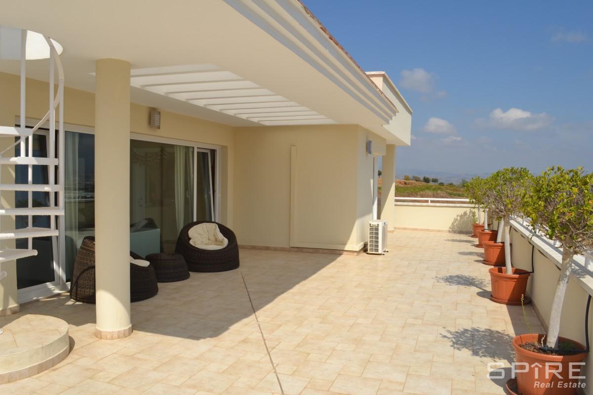 Master Terrace Area