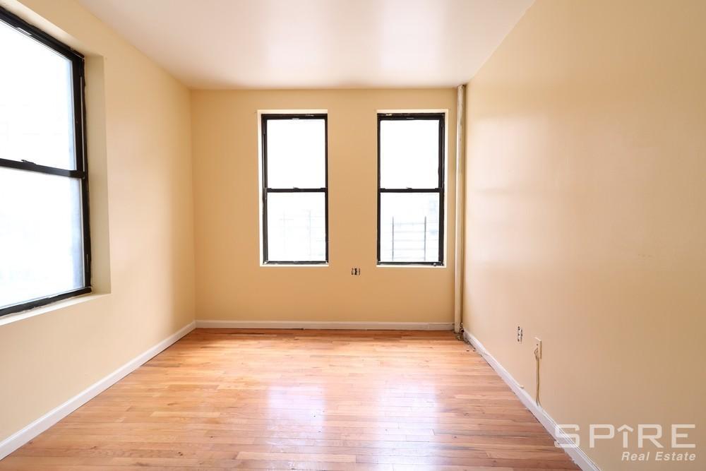 Studio Apartment in Inwood