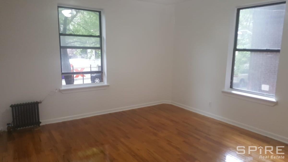 1 Apartment in Inwood