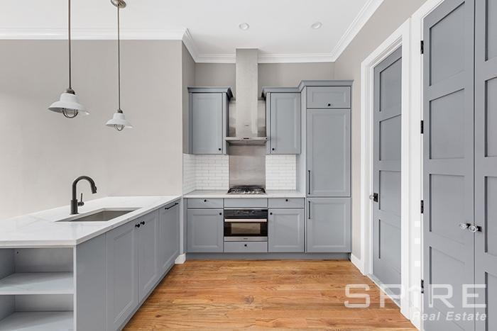 1 Townhouse in Cobble Hill