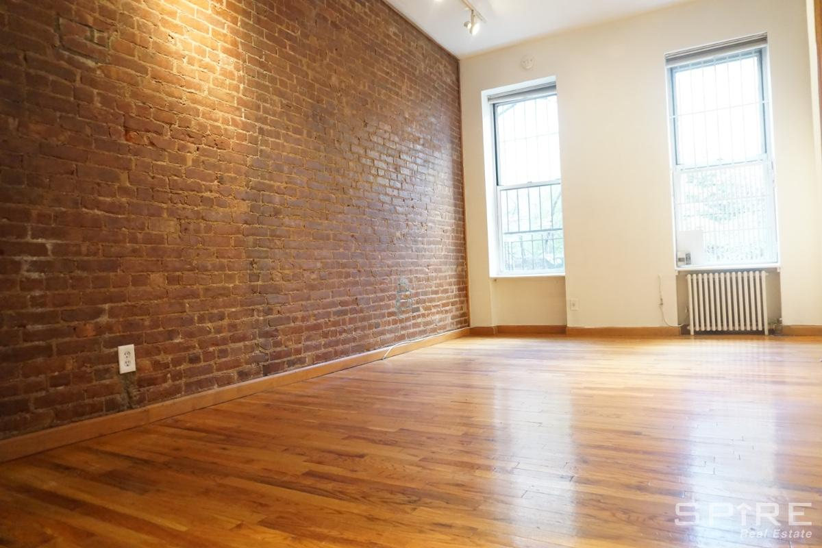 Studio Apartment in Upper Carnegie Hill