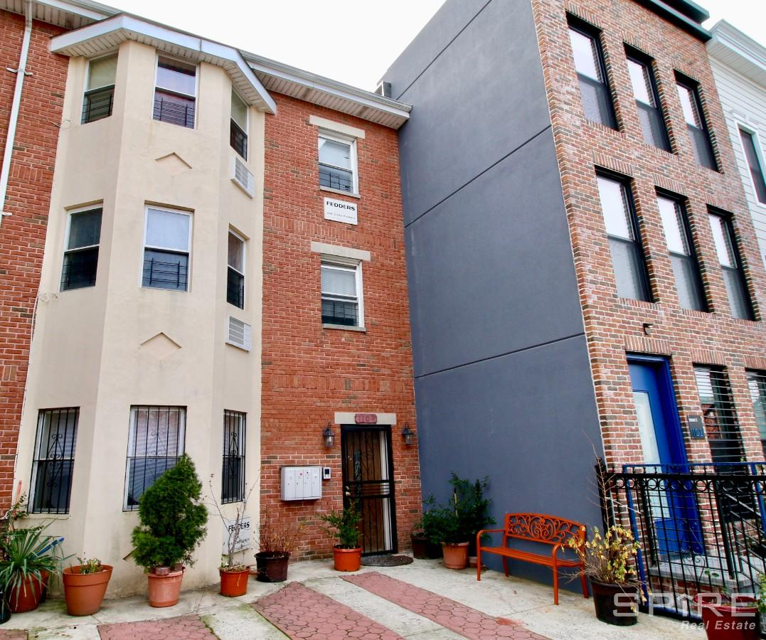 2 Apartment in Stuyvesant Heights