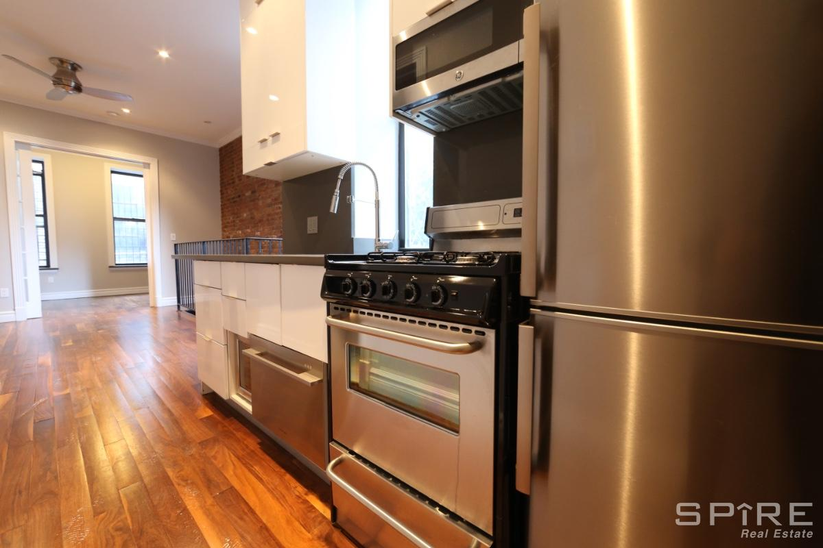 3 Apartment in Lower East Side