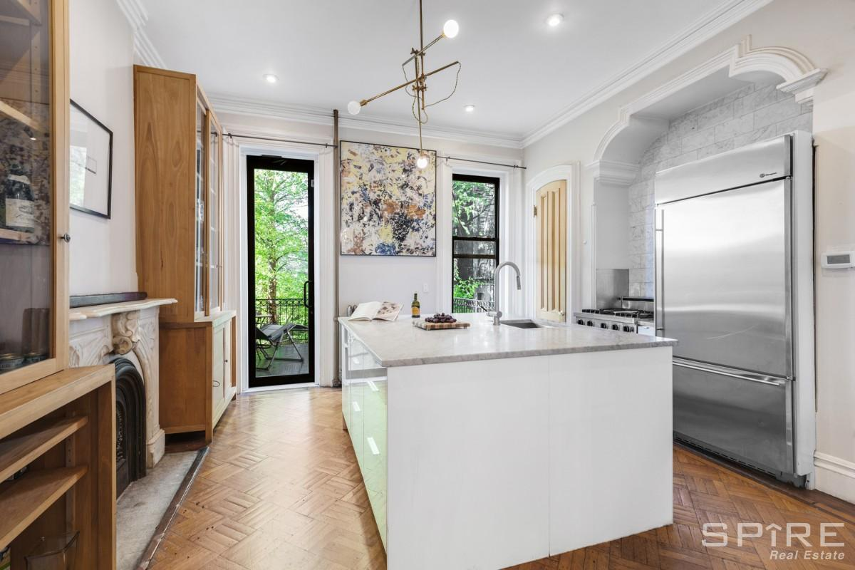 5 Townhouse in Crown Heights