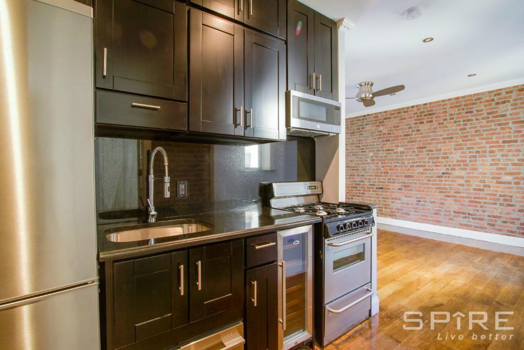 4 Apartment in Harlem