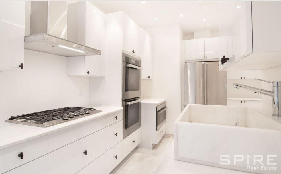 6 Apartment in Upper West Side