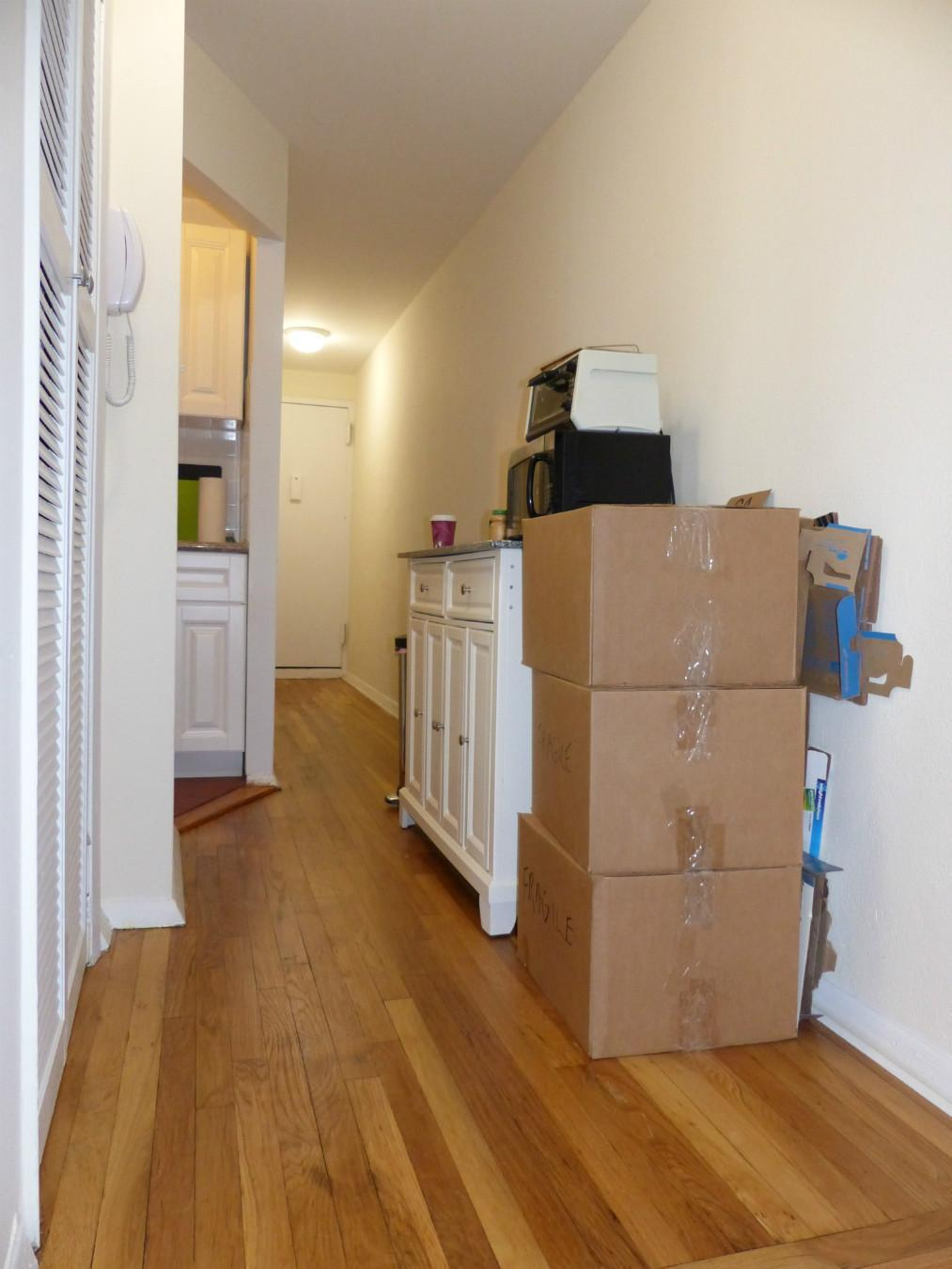 Steps/ Hallway / Kitchen