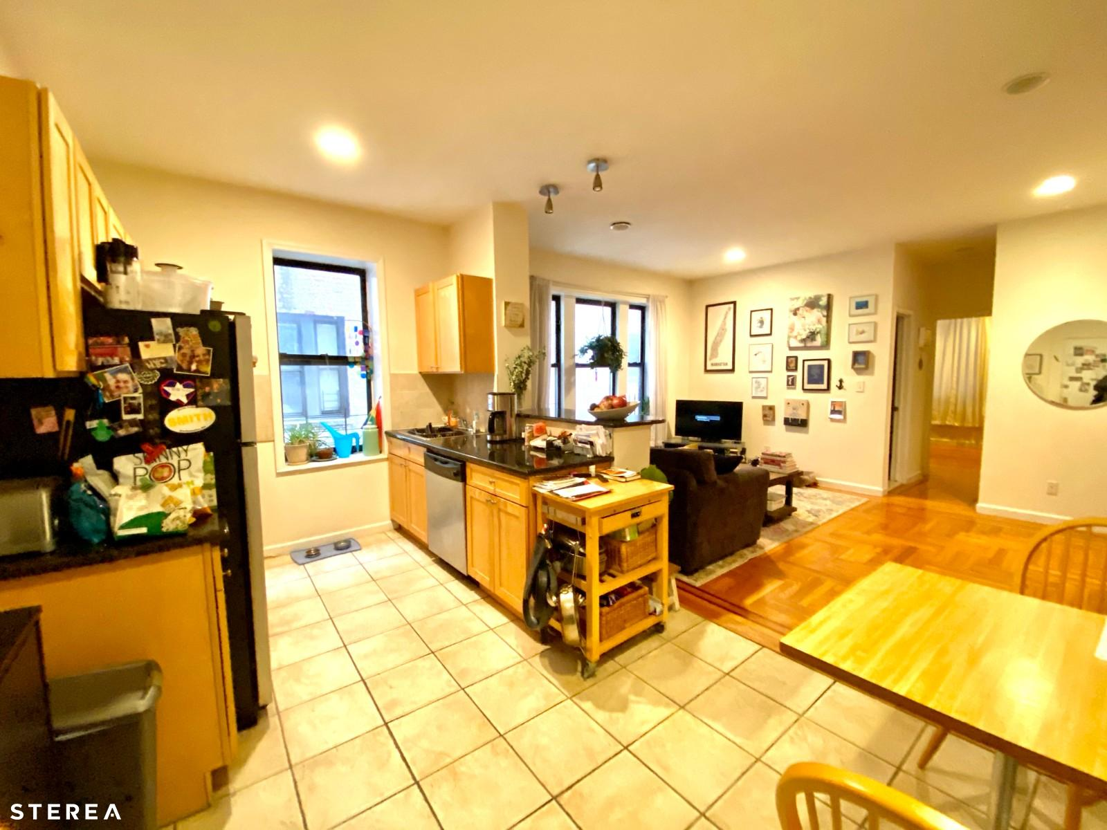 29 06 21st Ave 2e Astoria Ny 11105 Astoria Apartments Astoria 1 Bedroom Apartment For Rent