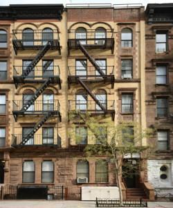 5 Apartment in Harlem