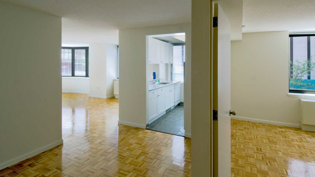 Spacious Floorplan with Parquet Floor