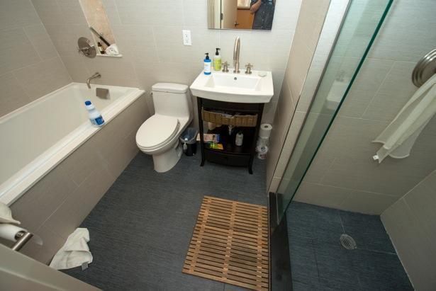 Kohler tea for two soaking tub & Separate Shower