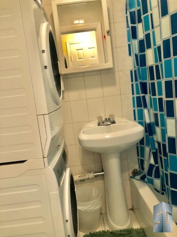 Bathroom w/ Washer/Dryer In-Unit