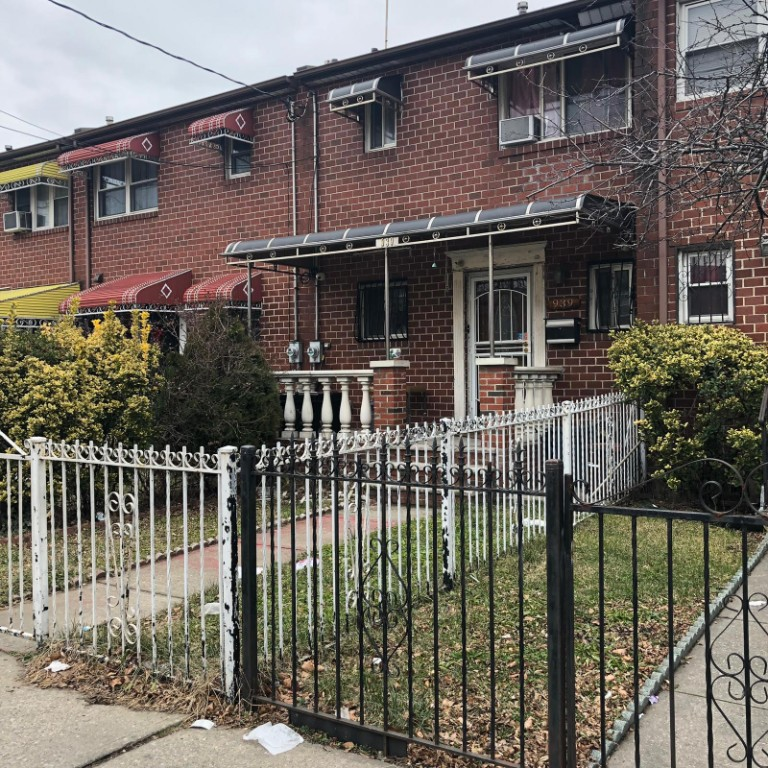 2 House in Brooklyn