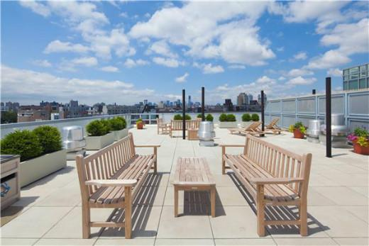 Union Ave | Brooklyn Apartments: Williamsburg 2 Bedroom