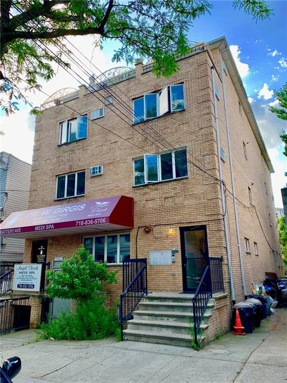 3 Condo in Dyker Heights