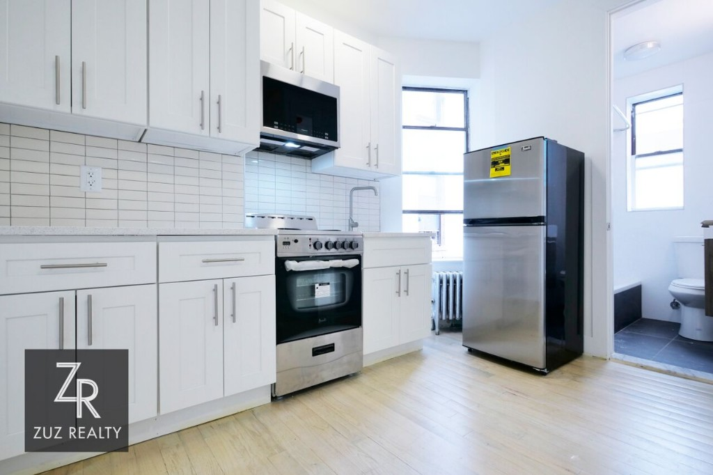1.5 Apartment in Weeksville