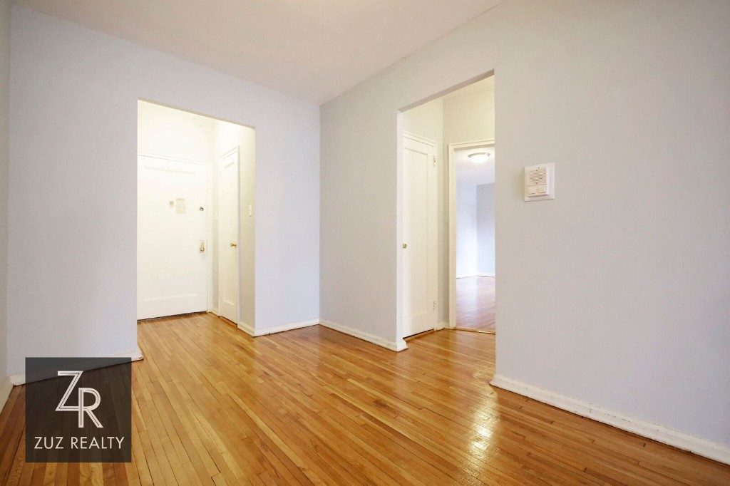 1.5 Apartment in Sheepshead Bay