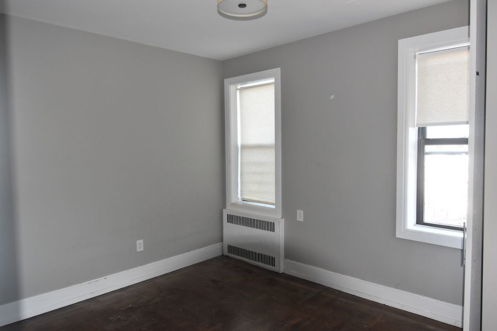 3 Apartment in Prospect Park South