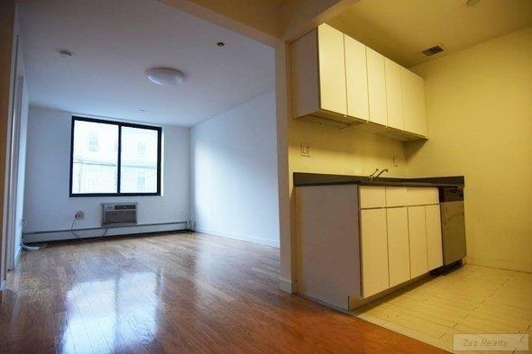 2 Apartment in East Williamsburg