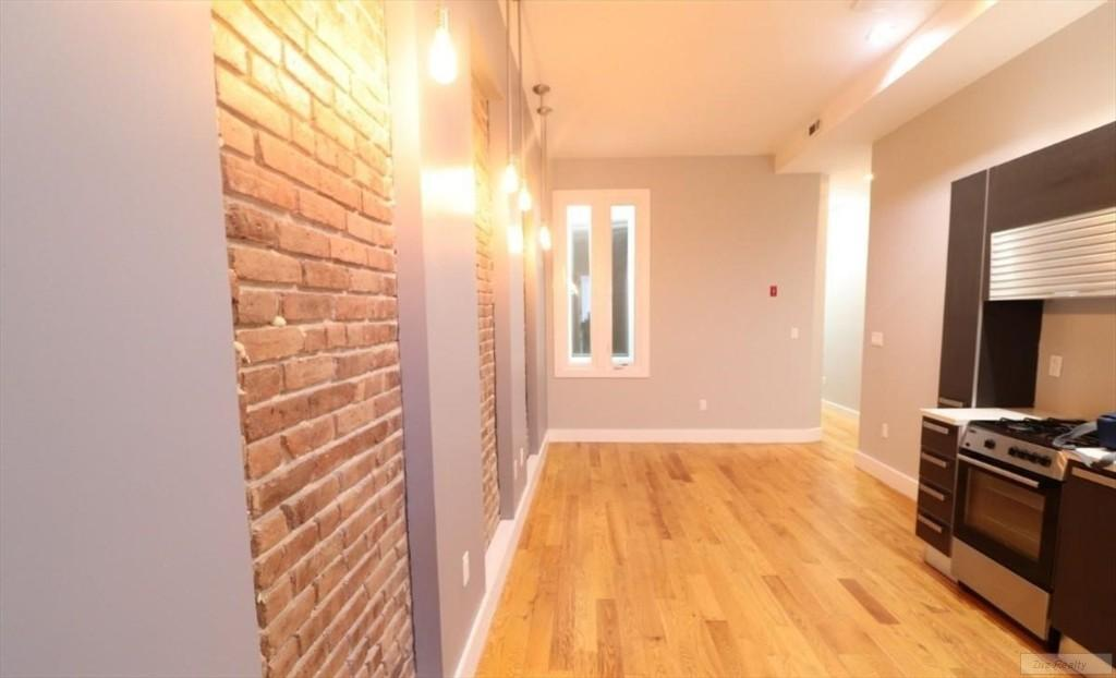 5 Apartment in Stuyvesant Town