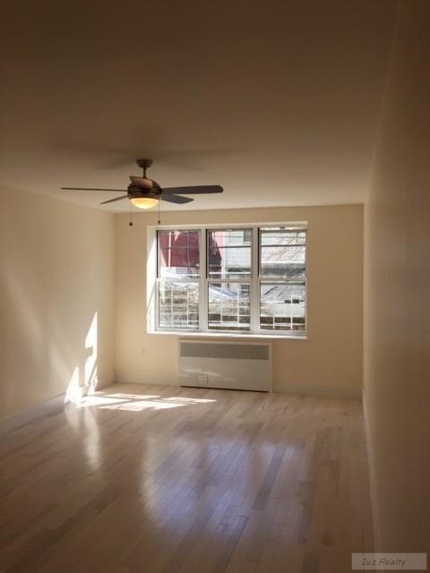 2 Apartment in Homecrest