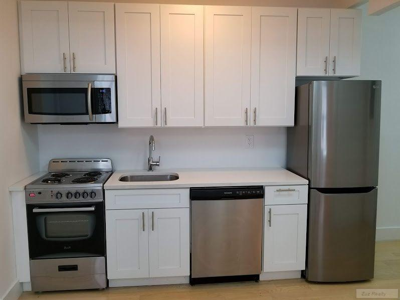 3 Apartment in Ditmas Park