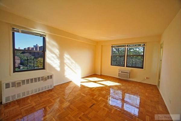 1 Apartment in Bensonhurst