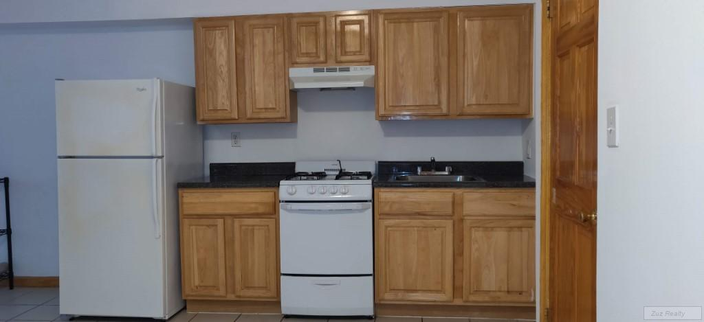 1 Apartment in Ditmas Park