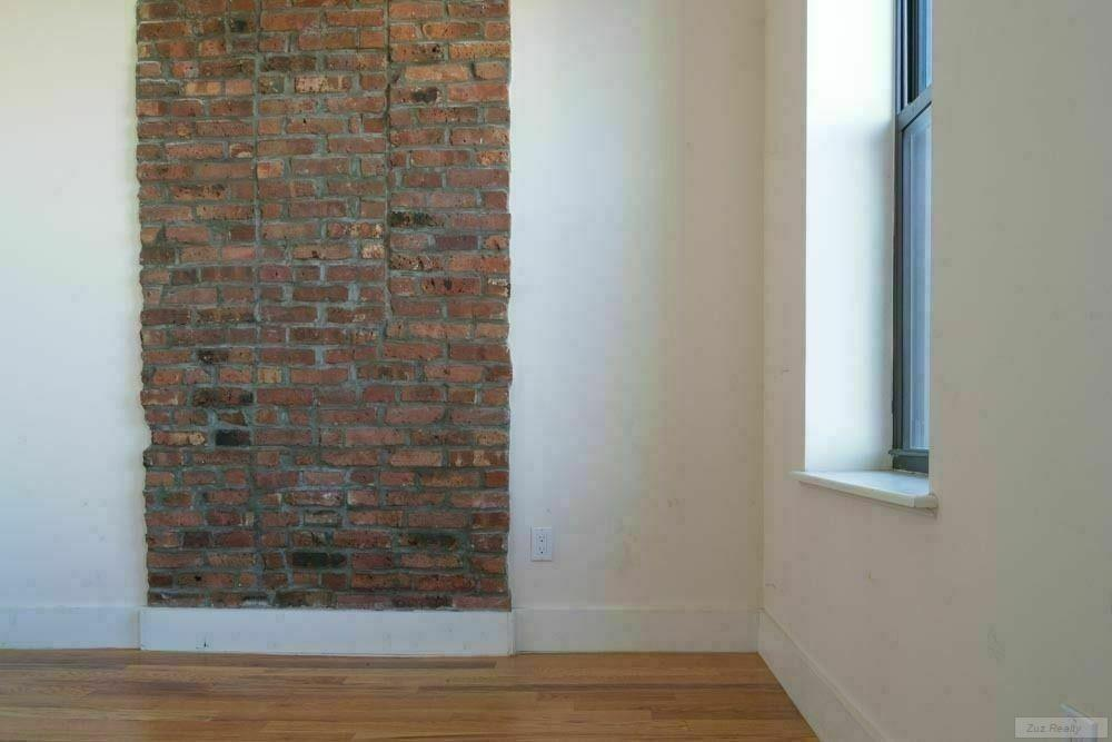 1 Apartment in Bushwick