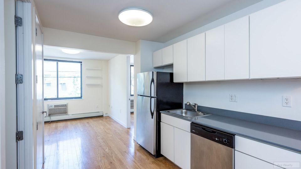 1 Apartment in East Williamsburg
